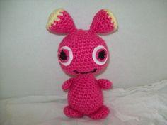 LOVE! Free crochet amigurumi pattern  Boo Alien Amigurumi by menwy