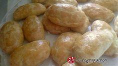 Τυροπιτάκια κουρού Πετρετζίκης Hamburger, Potatoes, Cooking Recipes, Bread, Vegetables, Food, Cooker Recipes, Potato, Chef Recipes