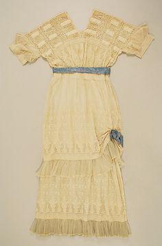 Dress (1916-17)