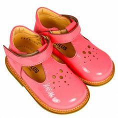 Angulus Tbar Dolly Shoe In Shocking Pink