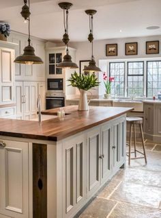 Awesome Rustic Farmhouse Kitchen Cabinets Décor Ideas Of Your Dreams (48)