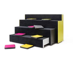 BEATBOX - Designer Auditorium seating from Martela ✓ all information ✓ high-resolution images ✓ CADs ✓ catalogues ✓ contact information ✓ find. School Furniture, Diy Furniture, Furniture Design, Industrial Office Design, Modern Home Interior Design, Auditorium Seating, Multifunctional Furniture, Co Working, Classroom Design