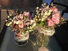 decoracion boda vintage romantica frascos de cristal con encajes