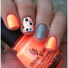 22 Super Easy Nail Art Designs and Ideas for 2019 - Nageldesign & Nailart - halloween nails Get Nails, Fancy Nails, Love Nails, Pretty Nails, Pretty Toes, Simple Nail Art Designs, Cute Nail Designs, Easy Nail Art, Awesome Designs