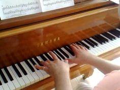 Drei Nüsse für Aschenbrödel am Klavier - YouTube