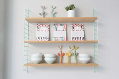 string pocket shelf