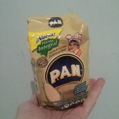 Harina Pan Integral..para ellas y sus dietas.. de 500 gramos. pequeñita..allá en Colombia.. nacida aca en Venezuela y no la vemos..