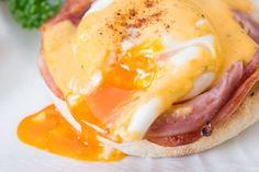 Making perfect Eggs Benedict is all about technique. Here are my simple tips for making a luscious plate of Eggs Benedict with an easy Hollandaise Sauce.