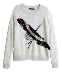 Light gray long-sleeved sweater with sequin bird embroidery. | Warm in H&M