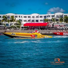 @fastresponsemarine posted to Instagram: In the race pit at 2018 Superboat International World Championships in Key West...  . . . . . . . #superboatraces #supercatraces #superboatinternational #marinetowing #officialmarinetowingservice #fastresponse #fastresponsemarine Cat Races, Powerboat Racing, Power Boats, World Championship, Key West, Instagram, Cat Breeds, Key West Florida, World Cup