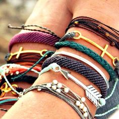 Pura Vida Bracelets! Providing artisans in Costa Rica an opportunity to rise above pvoerty