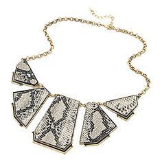 Luxury Serpentinite Polygon Retro Necklace – USD $ 4.49