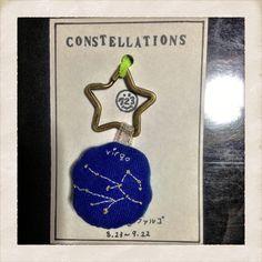 12星座をモチーフに使ったキーホルダーです。8/23~9/22 乙女座size 約10×5cm星:ゴールドライン:白 ひと針ひと針丁寧に刺繍してお...|ハンドメイド、手作り、手仕事品の通販・販売・購入ならCreema。