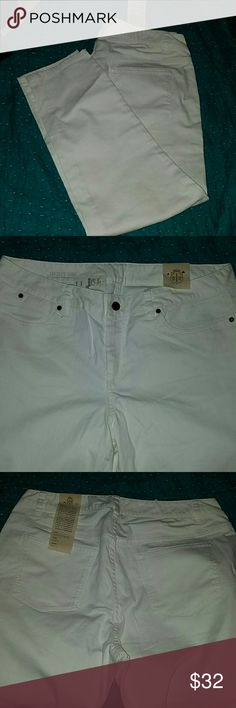 NWT Talbots Jeans Off-white pair of Talbots jeans. Heritage ankle fit.  Size 16WP. 16 Petite. Talbots Jeans Ankle & Cropped