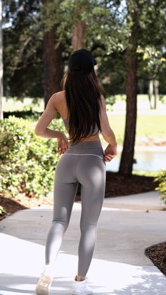 Big Day, Sporty, Legs, Photo And Video, Female, Instagram, Fitness, Model, Pants