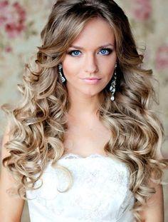 penteados para debutantes soltos e ondulados 410x541
