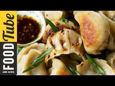 Foodista | How to Make Traditional Chinese Potstickers