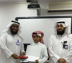 مدرسة جلوي بن عبدالعزيز تحصل على التميّز والتكريم في مشروع تحدي القراءة على مستوى مكتب غرب الدمام ،،