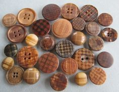 VINTAGE VEGETABLE IVORY BUTTONS PLAID CHECKED COLOURED CARVED noelhumphrey on eBay.co.uk