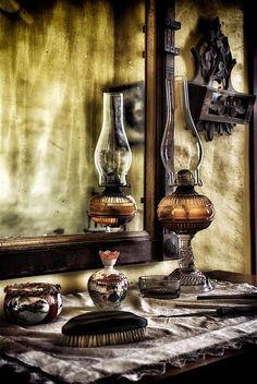 Vintage Kerosene Oil Lamp