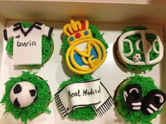 Canela y chocolate: Cupcakes del Real Madrid