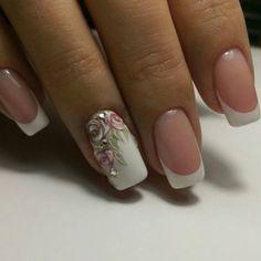 Дизайн ногтей: французский маникюр |