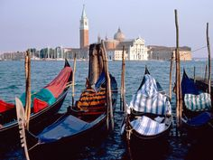 Escape to Venice and Save! Rates start at $ 48! Book by 2/1/13, Travel by 2/1/13