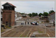 Vías del ferrocarril y calle Sarmiento...