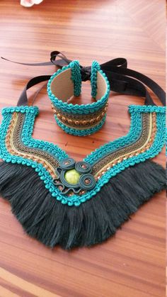 Necklace ethnic with fringes and cuff set Embroidery Jewelry, Textile Jewelry, Fabric Jewelry, Rope Jewelry, Jewelry Art, Beaded Jewelry, Jewellery, Fabric Necklace, Boho Necklace