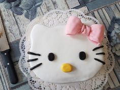 Hello Kitty Schokotorte