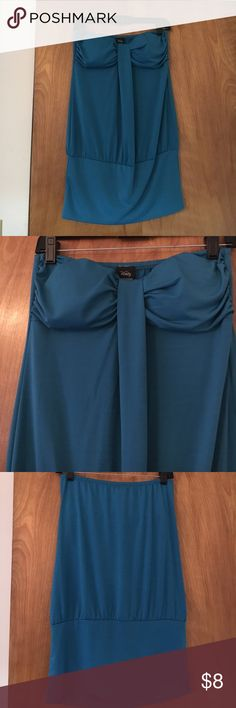 Adorable Banded Bottom Strapless Dress Worn once. Adorable with leggings or without. Smoke free home. Vanity Dresses Strapless