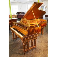 Beautiful Grand Piano by Steinway & Sons B-211, Leeds, Wielka Brytania. I dream about some piano in my dream house.