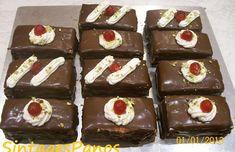 Πάστες σοκολατίνες Sweet Desserts, Sweet Recipes, Greek Sweets, Fiesta Party, Nutella, Food To Make, Muffin, Food And Drink, Cooking Recipes
