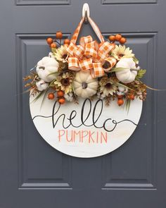 Isn't this wreath ADORABLE? I love Fall. the colors, the cooler weather and all the pumpkins! This wreath was created by Fall Crafts, Holiday Crafts, Diy Crafts, Decor Crafts, Wooden Door Signs, Fall Wooden Door Hangers, Wood Signs, Wooden Doors, To Do Planner