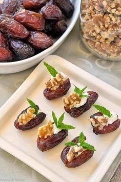 Soft and tender Medjool dates stuffed with creamy goat cheese, toasted walnuts and fresh mint makes a quick and easy appetizer. Soft and tender Medjool dates stuffed with creamy goat cheese, toasted walnuts and fresh mint makes a quick and easy appetizer. Snacks Für Party, Appetizers For Party, Appetizer Recipes, Cheese Appetizers, Christmas Appetizers, Canapes Recipes, Gourmet Appetizers, Canapes Ideas, Party Canapes