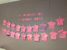 Journée du chandail rose - chaque classe écrit un message au sujet de l'intimidation.