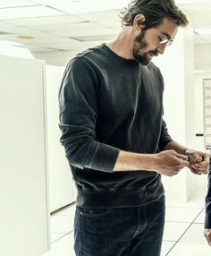 "Halt and Catch Fire ""The Threshold"" (3x07) - Lee Pace as Joe MacMillan"