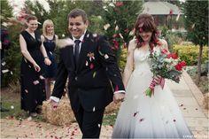 Red, Navy, White Wedding. Red Colour palette, Modern Wedding, Ombre Wedding Dress, Confetti Photo www.lunafay.co.za