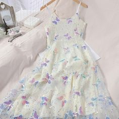 Pretty Outfits, Pretty Dresses, Beautiful Dresses, Sequin Midi Dress, White Midi Dress, Sexy Summer Dresses, Spring Dresses, Elegant Dresses, Vintage Dresses