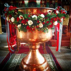 Flowers Memorial Services, Church Flowers, Garlands, Catholic, Christmas Tree, Holiday Decor, Home Decor, Floral Arrangements, Wreaths