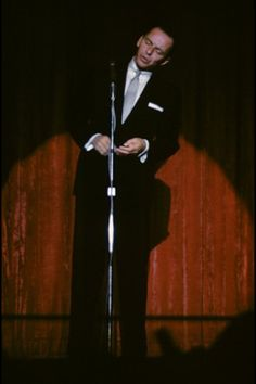 """Frank Sinatra live... an alternate shot to the one used on the cover of """"Close To You"""" in 1957."""