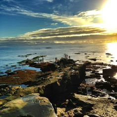 For those unfamiliar with La Jolla, here is a basic intro including geography, landmarks and famous people.