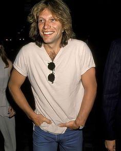 20 Photographs of Handsome Jon Bon Jovi in the 1990s ~ Vintage Everyday Bon Jovi 80s, Jon Bon Jovi, Shaggy Long Hair, Some People Say, Hottest Pic, Hot Guys, Actors, T Shirts For Women, Long Hair Styles