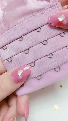 Dress Sewing Tutorials, Sewing Basics, Sewing Hacks, Sewing Crafts, Sewing Kit, Diy Crafts Hacks, Diy Crafts For Gifts, Sewing Stitches, Sewing Patterns