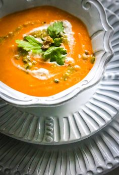 Vegan Curried Cauliflower Soup with Roasted Tomatoes.  This is an easy recipe to make that is simply full of rich flavor.  #vegansoups #eatingworks #soup