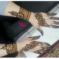 Floral Henna Designs, Eid Mehndi Designs, Henna Art Designs, Stylish Mehndi Designs, Wedding Mehndi Designs, Mehndi Images, Mehndi Designs For Hands, Mehndi Art, Henna Mehndi