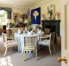 Debo - Duchess of Devonshire's cottage diningroom
