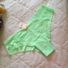 NWT Victoria's Secret PINK No Show Mint Panty M NWT no show panty size medium. Price is firm unless bundled. Due to current personal circumstances, I only ship once a week. PINK Victoria's Secret Intimates & Sleepwear Panties