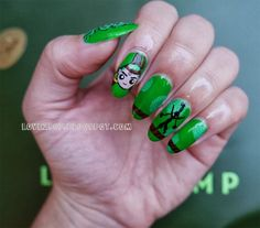 JunJun (Sailor Moon) inspired nail art by http://love2807.blogspot.de/2013/09/sailor-moon-nails-amazoness-quartet.html