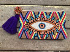 hippie hair 729723945852170031 - Trendy Women's Purses : Wayuu Eye Clutch – fashioninspire.ne… Source by fashioninspirenet Diy Embroidery, Embroidery Patterns, Crochet Patterns, Diy Hair Accessories, Women Accessories, Wooden Purse, Hot Pink Flowers, Inspirations Magazine, Idee Diy